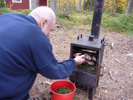 Det finns till och med rök för fisken © Foto: Anders Nilsson