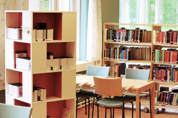 Biblioteket i Älvsbyns gymnasium. Foto: Peter Lundberg.