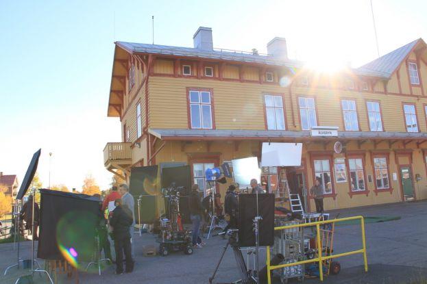 Inspelning vid Älvsbyns järnvägsstation med filmteamet för filmen