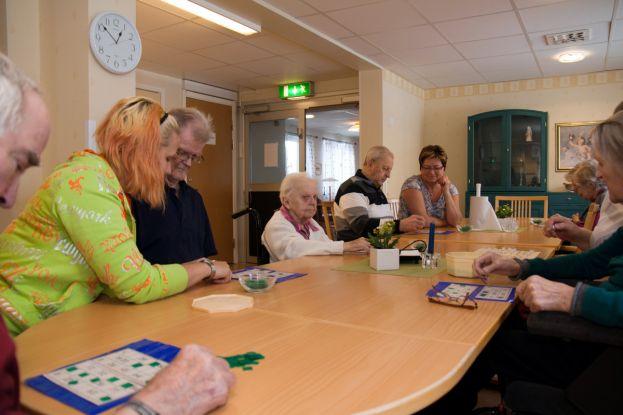 Aktivitet på Nyberga äldreboende. Foto: Marcel Köppe.