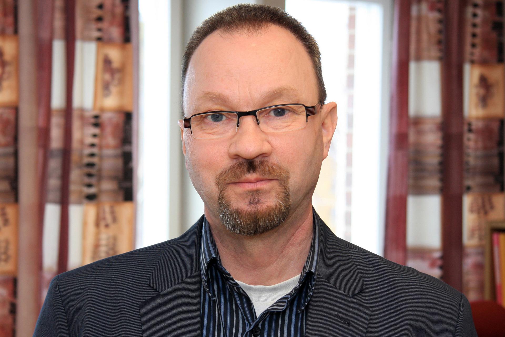 Pär Jonsson, näringslivschef, tycker att det är viktigt att man lär sig av varandra - alvsbyn.se_par-jonsson-naringslivschef.-foto-peter-lundberg