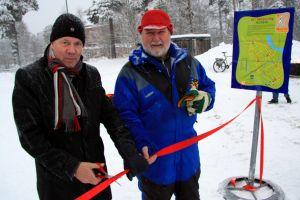 Bill Nilsson inviger Hälsans stig. Foto: Peter Lundberg