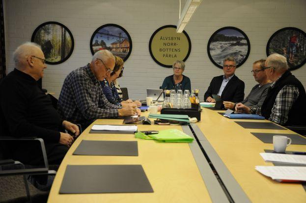 Budgetmöte för politiker och tjänstepersoner. Foto: Robin Nilsson.