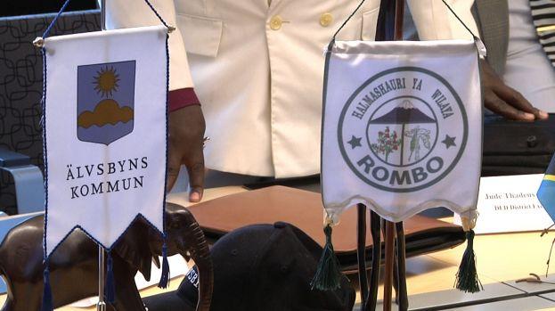 Rombos och Älvsbyns standarflaggor