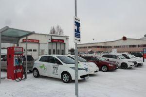 Snabbladdstation hos OKQ8 i Luleå. Foto Elisabeth Viktorsson