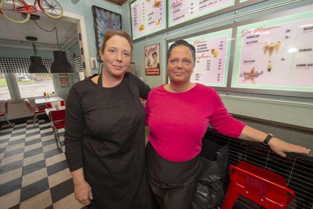 Matilda Eklund och Camilla Backman. Foto: Sterling Nilsson